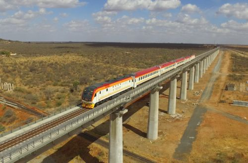 A case for efficient legal and institutional frameworks for cross border railway development in the East African Community