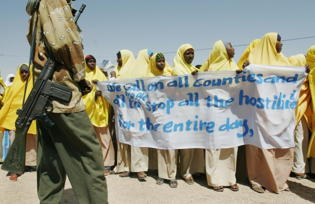 Somali women and peacebuilding, 2010