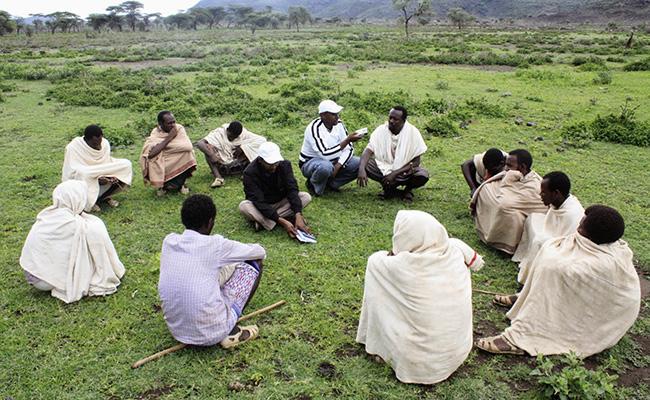 Decentralized Good Governance in Rural Land Administration