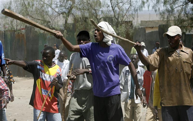 Explaining Participation in Violent Conflict over Land