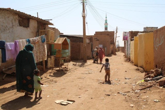 Political Economy and Urban Poverty in the Developing Countries  Lessons Learned from the Sudanese Experience