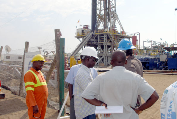 Foreign investments in Uganda's oil sector  linkages and issues for the local economy